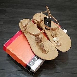 Vionic Rest Lizbeth Gold Cork Sandals